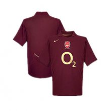 Arsenal 2005-2006 retro home jersey